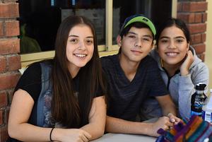 04112017 Michelle, Aleck y Alejandra.