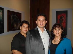 05112017 Gabriela García, Mario Marín y Rosario Ochoa.
