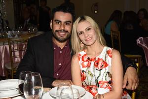 05112017 Gregorio García Magos y Ana Arcángel Frisbie Lozano.