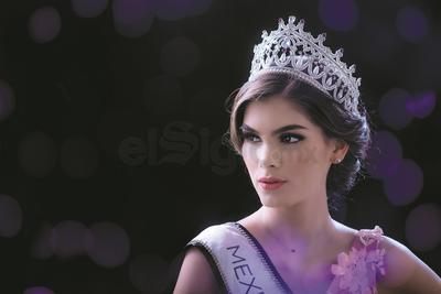 La reina de belleza, estudia el primer semestre de Medicina, aunque de momento hará una pausa para dedicarse de lleno a su preparación.