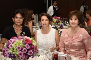 08112017 Pilar Sánchez de Barrios, Chela Barrios y Diana Barrios.