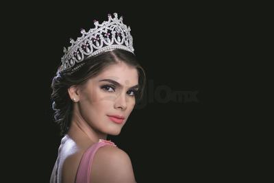 Denisse Franco es originaria de Culiacán, Sinaloa y representará a México en Miss Universo el 26 de noviembre en EU.