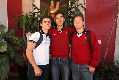 Pampas Gutiérrez, Carlos Rodríguez e Isaac Alarcón.