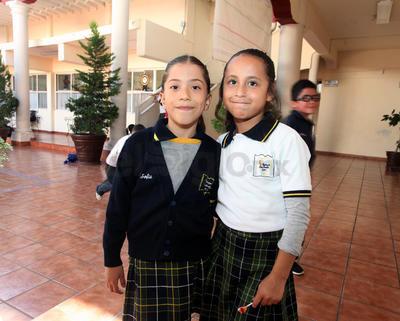 Renata y Frida.