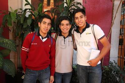 Gustavo, Marcelo y Leonardo.