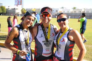 Lorena, Gilberto y Hortencia