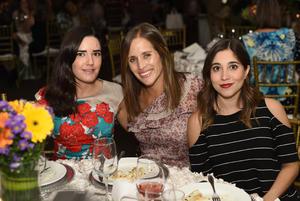Daniela, Martha y Cecy