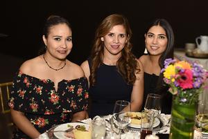 Guadalupe Neri, Alma Barrón y Daniela Samaniego