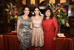 Susana con Paty de Alburquerque y Susy de Alonso