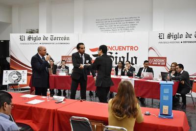 Representantes del Tec de Monterrey y UJED.