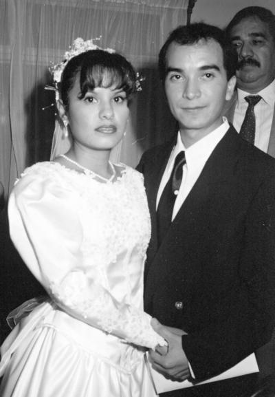 12112017 Rosa Elia Juárez con su padre, Armando Juárez, el 18 de marzo de 1974.