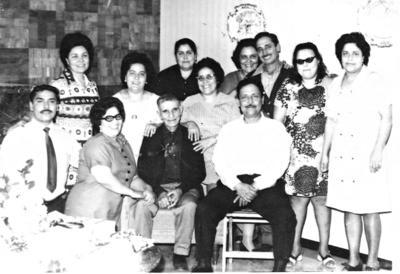 12112017 Esther Banda, Amparo Uribe, Rosina Guerrero, Alicia Díaz, Lupe Aguayo, Rebeca Herrera y Ma. Elena Elizondo el 6 de mayo de 1941.