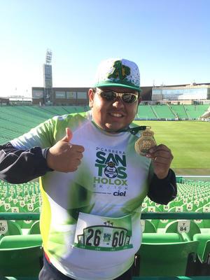 12112017 Luis Fernando Hernández Rivera participó recientemente en la Carrera 5K organizada por el Club Santos Laguna.