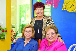 14112017 Lidia, Olivia y Rosario.