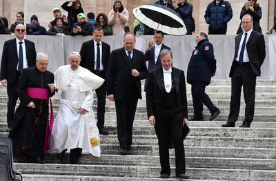 """El objetivo es permitir que los cristianos desplazados """"puedan regresar por fin a sus raíces y recuperen su dignidad"""", explicó el Vaticano."""