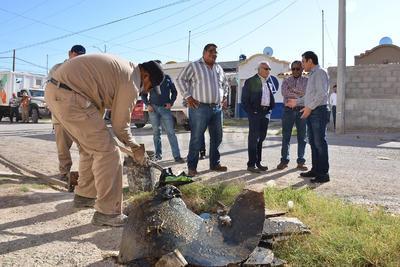 Las toneladas de basura que sacaron de las redes de drenaje fueron trasladadas a bordo de camiones del Simas al relleno sanitario.