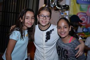 16112017 Ana Pao, Michelle y Athena.
