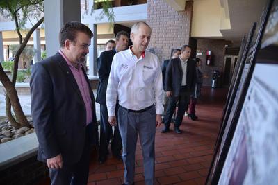 La visita en la UAL fue muy significativa tanto para esta empresa como para la propia universidad, debido que Don Antonio de Juambelz y Bracho, fundador de El Siglo de Torreón, apoyó la creación de esta institución.