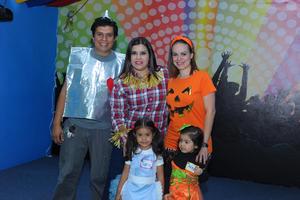 17112017 Ricardo, Karina, Anilú, Sara y Annia.