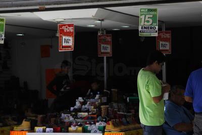 En el operativo estarán participando elementos de la Policía Estatal, Ejército Mexicano, Policía Municipal, así como elementos de la Policía Federal por la gente que se traslade de un municipio a otro para hacer compras.