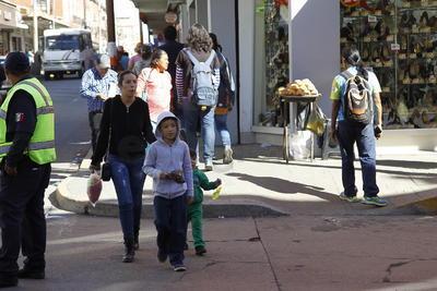 Más de tres mil 100 elementos de seguridad estarán vigilando el Buen Fin en Durango, se mantendrán de forma permanente hasta el nueve de enero.
