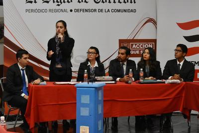 Al final, las respuestas de los seis integrantes de cada equipo les valió la sumatoria de puntos para su calificación.