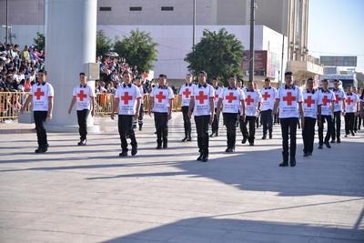 Durante el recorrido, se pudo presenciar al cuerpo de paramédicos voluntarios de la Cruz Roja.