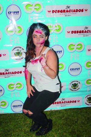 20112017 FIESTA DE DISFRACES.  Gina Rodríguez.