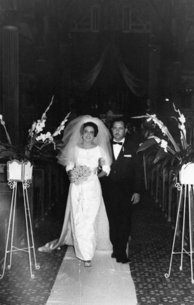 19112017 Ma. Alicia Acosta de Gómez y José Luis Gómez Esparza el 5 de agosto de 1973.