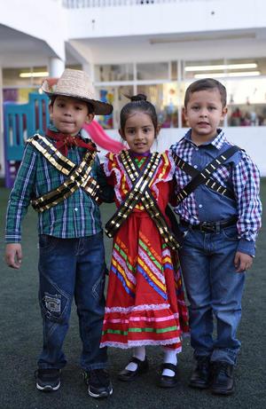 22112017 Raymar, Ximena y Jesús.
