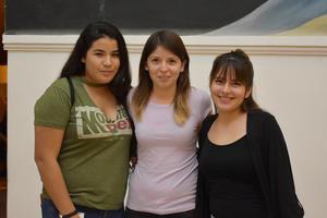 24112017 Michelle, Lucero y Katia.
