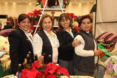 Voluntarias Casa Hogar San Vicente de Paul: Rosy Rosa, Chela Loera, Bibiana Ortiz y  Rocío Luna.