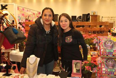 Jasalia Salcido y Evelin Rodríguez.