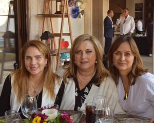 Laura, Bárbara y Pilar