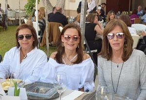Martha, Angélica y Cecilia
