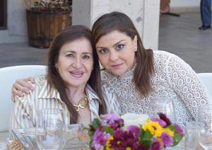 Mayra y Martha