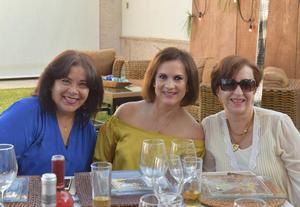 Susana, Marlen y Cecilia