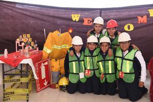 25112017 Katia, Angélica, Gilberto, Santiago, Carlos y Juan.