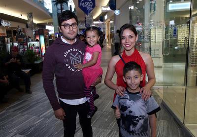 Familia Ramírez Caldera.
