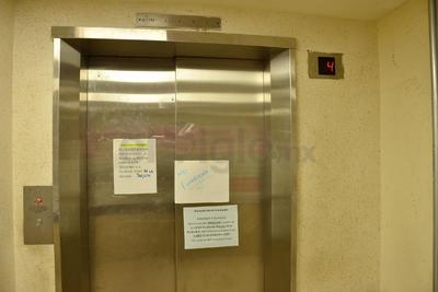 Les anunció el director del ISSSTE que se dispondrá de forma temporal de un elevador de servicio para los pacientes.
