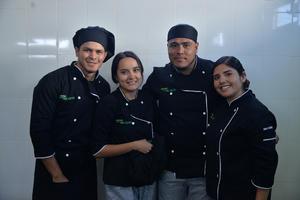 28112017 Roberto, Priscilla, Juan Carlos e Irina.