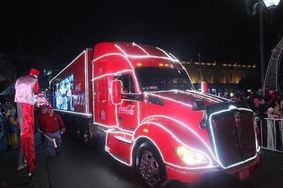 Sin duda, las caravanas Coca-Cola que iniciaron en 1920, ya se han convertido en una verdadera tradición de la temporada.