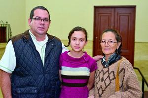 29112017 Julio, Angélica y Juana Alicia.