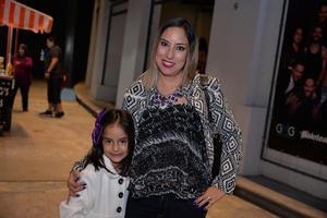 29112017 Ana Paulina y Ana Sofía.