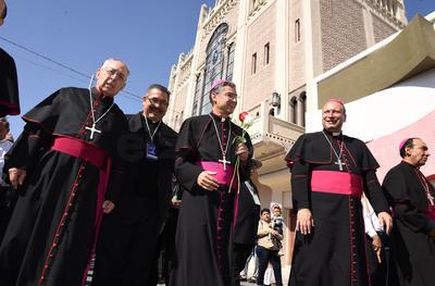De la Plaza Mayor, realizó una procesión a la Catedral de Nuestra Señora del Carmen.