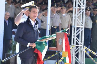 Expresó su confianza en que el Congreso de la Unión, atenderá con la urgencia que hoy se requiere esta importante iniciativa que brindará mayor certidumbre a las fuerzas armadas y a la sociedad mexicana.