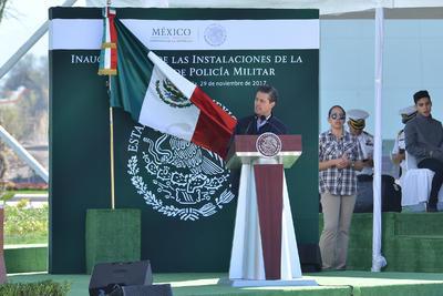 El presidente Enrique Peña Nieto declaró que hace tiempo que la Ley de Seguridad Interior dejó de ser solamente una valiosa propuesta para convertirse ahora en una imperiosa necesidad.