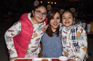 30112017 Daniela, Marcela y Ximena.