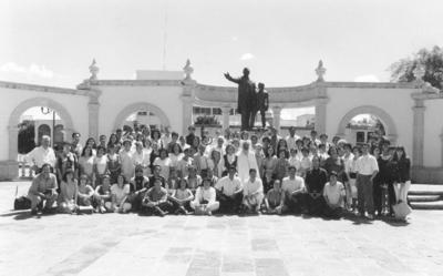 10122017 Grupo de la E.F.V. en un congreso en la Ciudad de Durango.