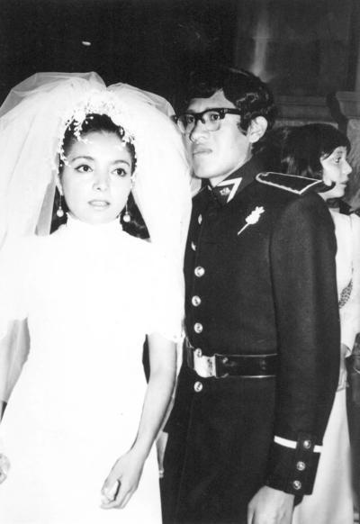 10122017 Amalia Emma Cedillo Rodríguez y José C. de la Cruz Serrano, hace 45 años.